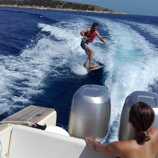 Wakeboard Vis Island